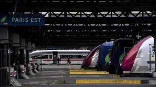 Des trains à quai dans la Gare de l'Est à Paris, le 3 avril 2018. (CHRISTOPHE ARCHAMBAULT / AFP)