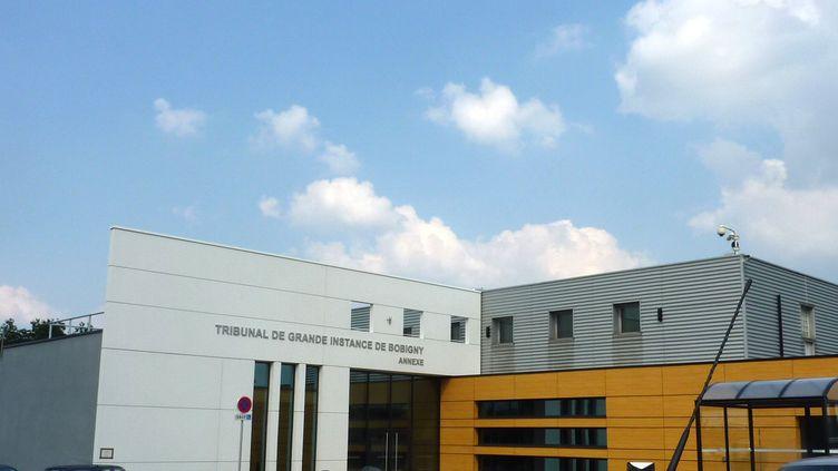 L'annexe du tribunal de Bobigny à Roissy (Val-d'Oise), ici en 2013 lors de son inauguration, a accueilli une première audience test le 24 juin 2017. (ALIX RIJCKAERT / AFP)