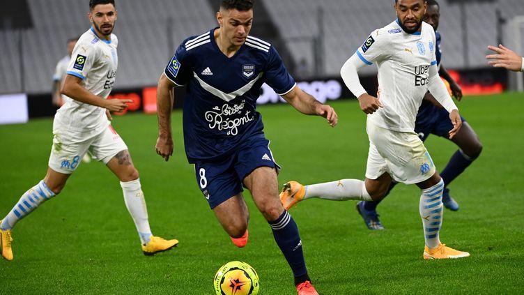 Hatem Ben Arfa et les Bordelais reçoivent l'Olympique de Marseille dimanche 14 février. (CHRISTOPHE SIMON / AFP)