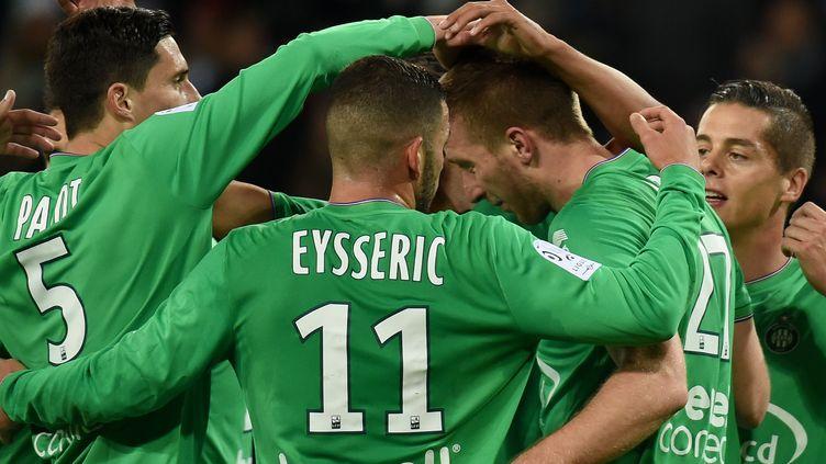 Les Verts espèrent pouvoir manifester une nouvelel fois leur joie samedi après le match contre Lille (PHILIPPE DESMAZES / AFP)