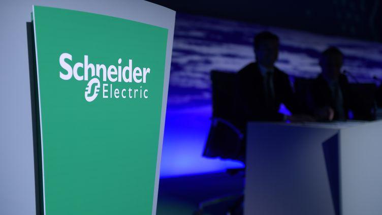 Plusieurs entreprises sont suspectéesd'entente illicite sur les prix. Parmi elles, Schneider Electric. (ERIC PIERMONT / AFP)