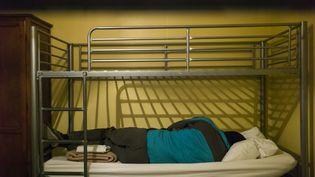 Un demande d'asile,àAiguebelle (Savoie), en 2016. (ULYSSE LEFEBVRE / HANS LUCAS / AFP)