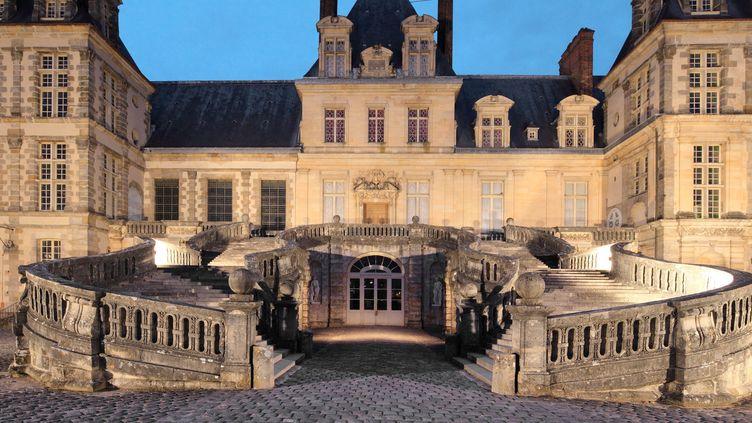 L'escalier de la cour d'honneur du château de Fontainebleau (mai 2018)  (Manuel Cohen / AFP)