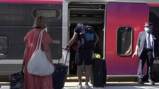 Déconfinement : tous les billets de train de nouveau mis en vente (FRANCE 2)
