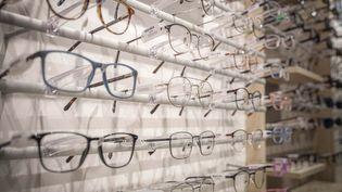 Des lunettes chez un opticien, en 2020 (LUC NOBOUT / MAXPPP)