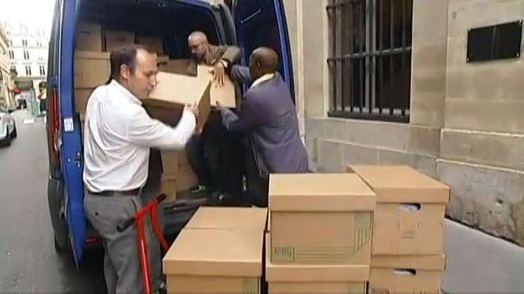 Capture d'écran au ministère de la Culture à Paris, déménagement des dossiers ministériels, le 26 août 2014 (FRANCE 2 ET FRANCE 3 / FRANCETV INFO )