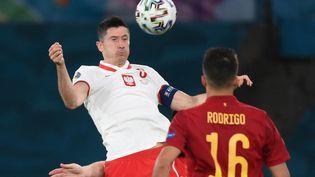 Lewandowski face à l'Espagne le 19 juin à Séville (LLUIS GENE / POOL)