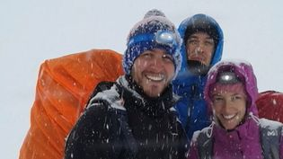 Gaspard Delaporte et ses amis lors d'un trek dans l'Himalaya, à la mi-octobre 2014. (FRANCE 2)