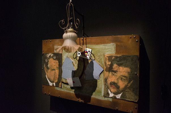 """""""Partie de cartes"""" entre Saddam Hussein et Georges Bush, 1991. Tout un symbole !  (G.Peyre / KT Suzuki)"""