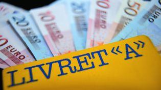 Le plafond du livret A atteindra 19 000 euros dans les prochains jours. (PHILIPPE HUGUEN / AFP)