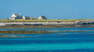 L'île de Quéménès, au large de la commune du Conquet (Finistère), le 22 août 2013. (BERTHIER EMMANUEL / AFP)