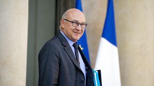Le ministre de l'Economie et des Finances, Michel Sapin, le 1er octobre à l'Elysée. (ALAIN JOCARD / AFP)