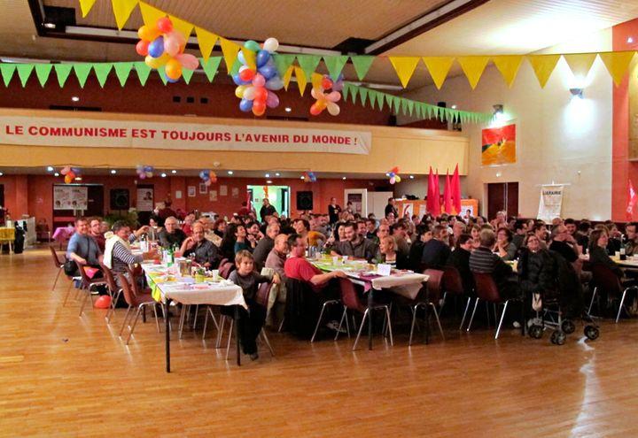 Près de 200 sympathisants Lutte Ouvrière ont participé à la fête annuelle du Parti à Oissel (Seine Maritime), le samedi 5 novembre 2011. (Salomé Legrand / FTVi)