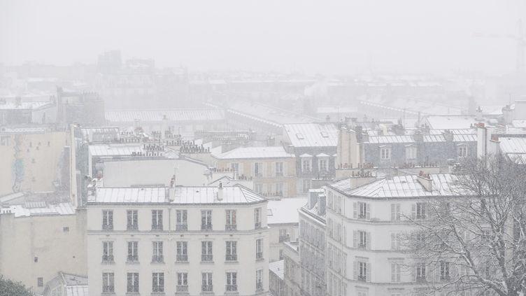 Un épisode neigeux s'est abattu sur Paris et sa région, le 16 janvier 2021. (GAO JING / XINHU NENWS AGENCY / NEWSCOM  / MAXPPP)