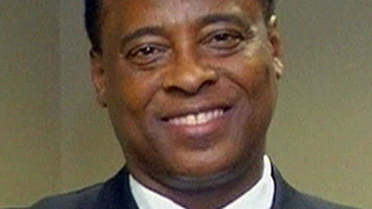 Conrad Murray, le médecin personnel de Michael Jackson, dont le bureau à Houston a été perquisitionné. (© France 2)