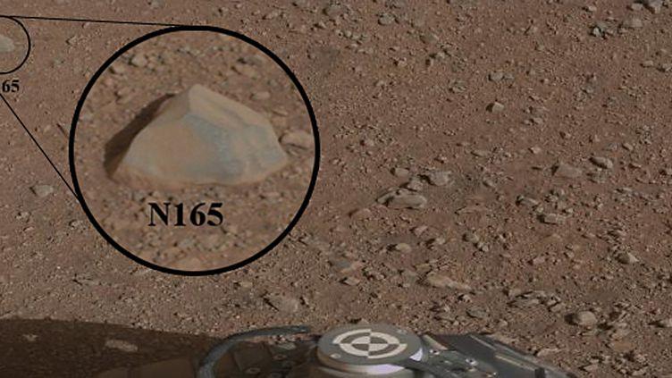 """""""Coronation"""", le premier caillou analysé par le robot Curiosity sur la planète Mars. (AFP PHOTO / NASA / JPL-CALTECH)"""