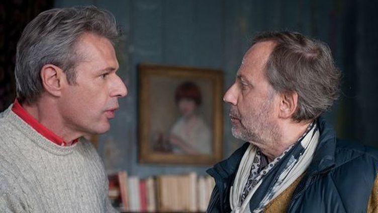 """Lambert Wilson et Fabrice Luchini dans """"Alceste à bicyclette"""" dePhilippe Le Guay  (Myriam Touzé / Pathé Distribution )"""