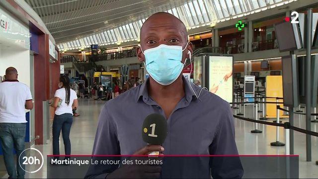 Tourisme : les voyageurs entre l'Hexagone et la Martinique dispensés de motifs impérieux