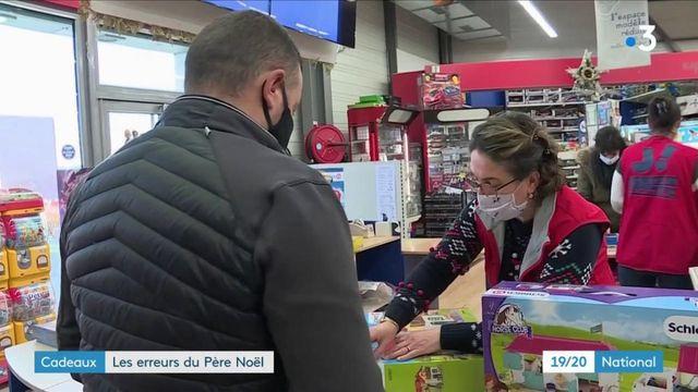 Noël : les déçus se rendent dans les boutiques pour échanger ou rendre des cadeaux