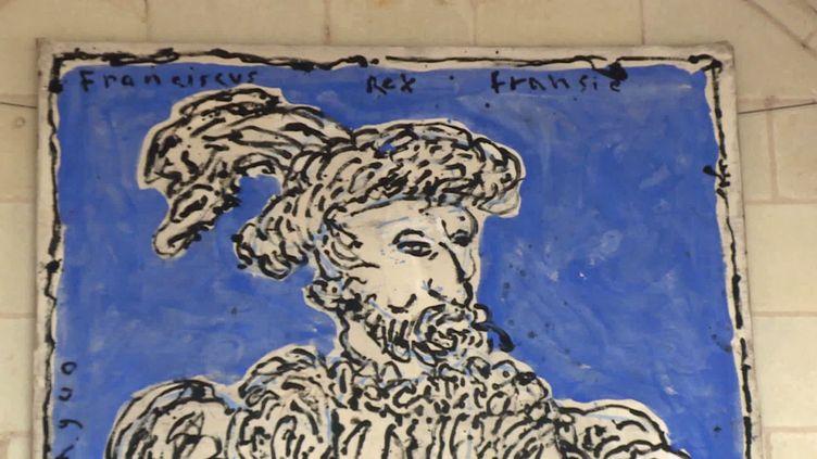 Le portrait de François Ier revisité par la peintre Charlotte de Maupeou au château royal d'Amboise (France 3 Centre Val de Loire)