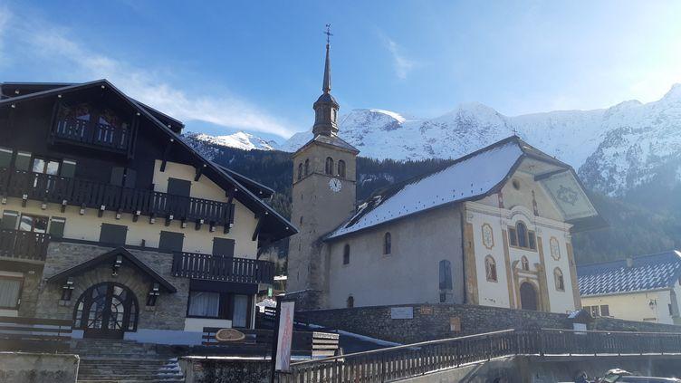Une vue du centre des Contamines-Montjoie, en Haute-Savoie, le 9 février 2020 (ANABELLE GALLOTTI / FRANCE BLEU PAYS DE SAVOIE / RADIO FRANCE)