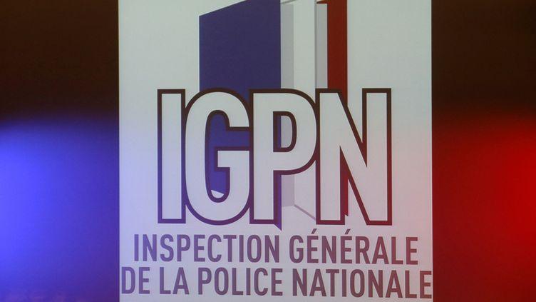 Le nouveau logo de la police des polices, l'Inspection générale de la police nationale (IGPN), présenté le 2 septembre 2013. (FRANCOIS GUILLOT / AFP)