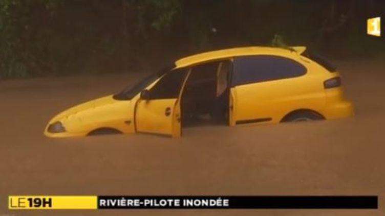 Inondations à Rivière-Pilote en Martinique, le 6 novembre 2015. (LA 1ERE)
