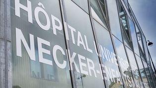 L'hôpital Necker-Enfants malades à Paris, où est décédée la plus jeune malade du coronavirus en France. (GILLES TARGAT / AFP)