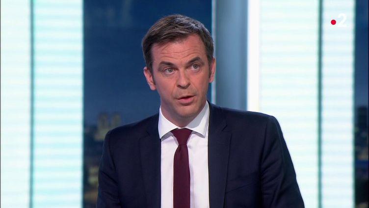 Olivier Véran est invité du journal de 20 heures surFrance 2, le 1er mars 2021. (FRANCE 2)