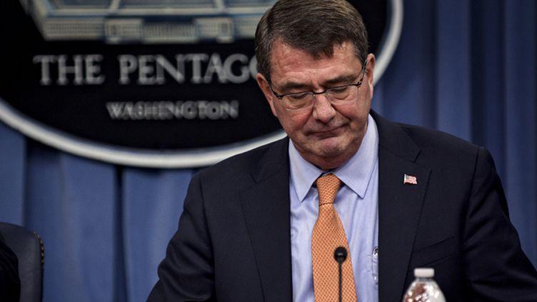 """(Le secrétaire américain à la Défense, Ashton Carter, a affirmé samedi dans un communiqué qu'une """"enquête exhaustive"""" était en cours sans confirmer si le raid avait été mené par des forces américaines © EUTERS/James Lawler Duggan)"""