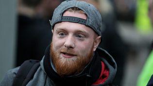 """L'une des figures du mouvement des """"Gilets jaunes"""", Maxime Nicolle, ci-contre lors d'une manifestation des """"gilets jaunes"""", le 9 mars à Paris. (ARNAUD JOURNOIS / MAXPPP)"""