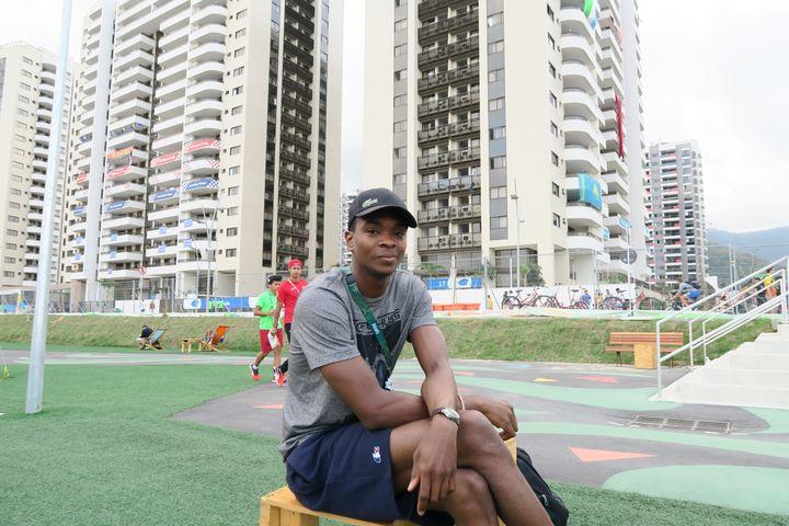 L'escrimeur Enzo Lefort, au village olympique de Rio de Janeiro (Brésil), le 18 août 2016. (PIERRE GODON / FRANCETV INFO)