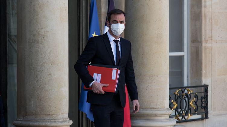 Le ministre de la Santé, Olivier Véran, le 24 mars 2021 à l'Elysée, à Paris. (ANDREA SAVORANI NERI / NURPHOTO (AFP))