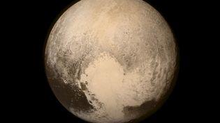 Image de Pluton prise par la sonde New Horizons le 13 juillet 2015, à 768 000 kilomètres de la planète naine. ( NASA)