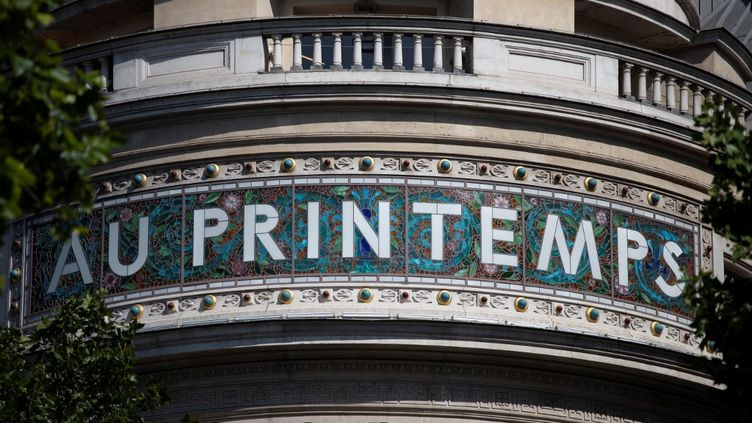 Le magasin Printemps situé boulevard Haussmann, à Paris, le 28 mai 2020. (THOMAS SAMSON / AFP)