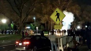 États-Unis : de fortes tensions à Minneapolis après la mort d'un jeune homme noir tué par la police. (FRANCE 3)