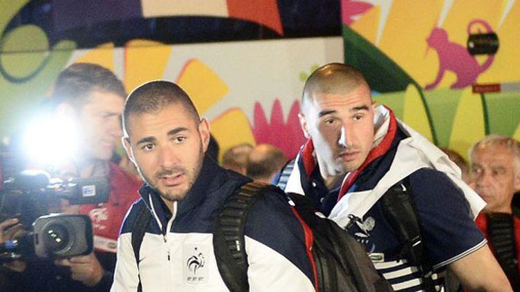 Karim benzema et Stéphane Ruffier à leur arrivée à l'hôtel de Ribeirao Preto