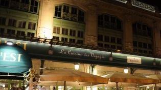 La brasserie L'Est, fondée à Lyon (Rhône) par Paul Bocuse, allie l'esprit brasserie et la qualité Bocuse. (CAPTURE D'ÉCRAN FRANCE 2)