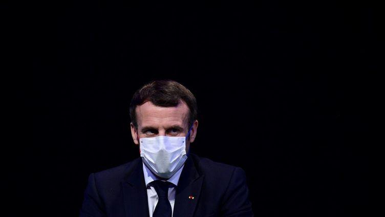 Emmanuel Macron, le 14 décembre 2020. (MARTIN BUREAU / POOL)