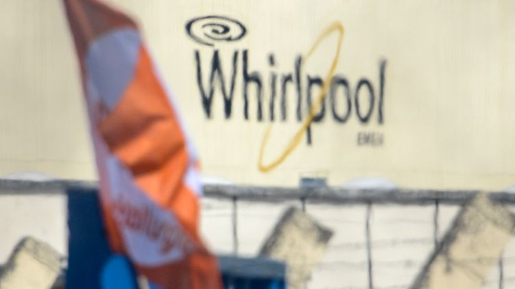L'usine Whirlpool d'Amiens lors d'une manifestation de ses employés, le 25 avril 2017. (DENIS CHARLET / AFP)