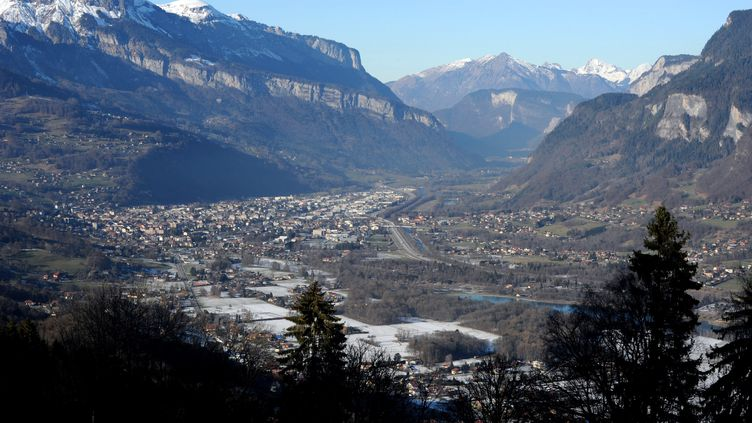 La vallée de l'Arve. (JEAN-PIERRE CLATOT / AFP)