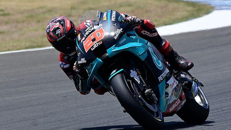 Le Français Fabio Quartararo à l'attaque sur sa Yamaha (JAVIER SORIANO / AFP)