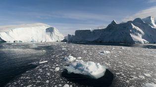 Icebergs dans Fjord d'Ilulissat, Groenland, (Danemark), avril 2015 (SERGIO PITAMITZ / ROBERT HARDING PREMIUM / AFP)