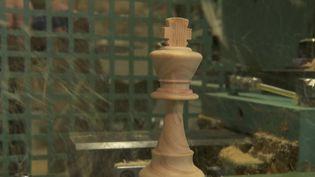 Jura : le nouveau succès des échecs fait le bonheur d'un fabricant de jeux en bois (FRANCE 2)