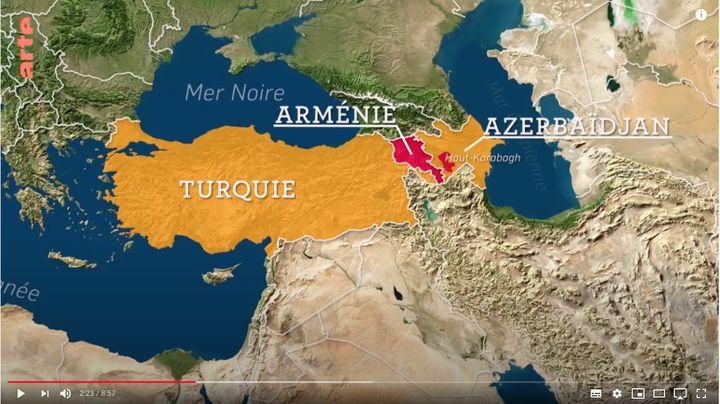 """Capture d'écran de la carte de l'émission d'Arte """"Le dessous des cartes"""" montrant l'emplacement géographique du Haut Karabakh, une enclave peuplée majoritairement d'Arméniens situés en Azerbaïdjan. (ARTE / LE DESSOUS DES CARTES)"""