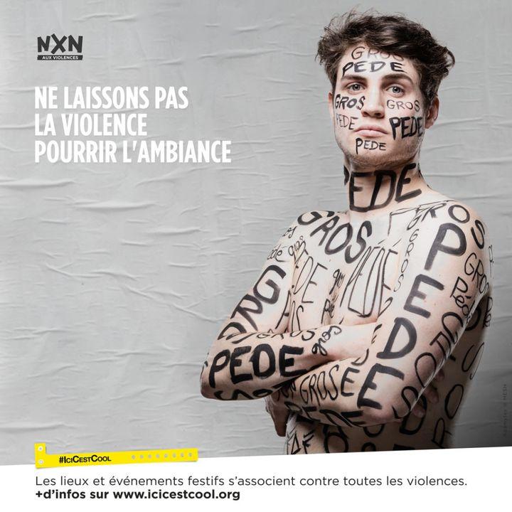"""Une affiche de la campagne de prévention contre toutes les violences de """"Ici c'est cool"""", visible notamment au Printemps de Bourges à l'été 2021. (ICI C'EST COOL)"""