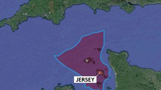 Les tensions post-Brexit se cristallisent à Jersey, une île anglo-normande. Londres (Grande-Bretagne) délivre au compte-goutte les licences de pêche, Paris dénonce un non-respect des accords signés avec l'Union européenne. (CAPTURE ECRAN / FRANCEINFO)