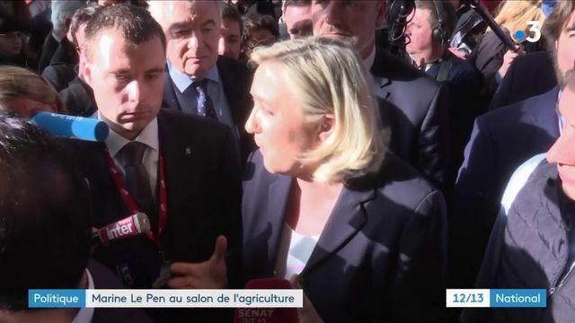 Politique : Marine Le Pen en campagne au Salon de l'agriculture
