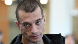 Piotr Pavlenski au tribunal correctionnel de Paris le 3 mars 2020 (ALAIN JOCARD / AFP)