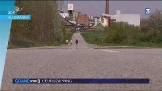 Une route est laissée à l'abandon en Allemagne. (FRANCE 3)